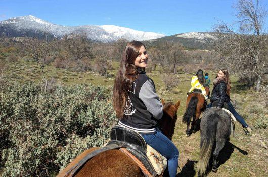 horse riding001